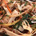中華料理の定番凉菜、拌干豆腐(バンガンドウフ)