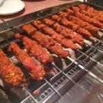 中国定番屋台グルメ、羊串肉(ヤンロウチュアン)
