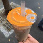 台湾の定番ドリンク、タピオカミルクティー(珍珠奶茶)